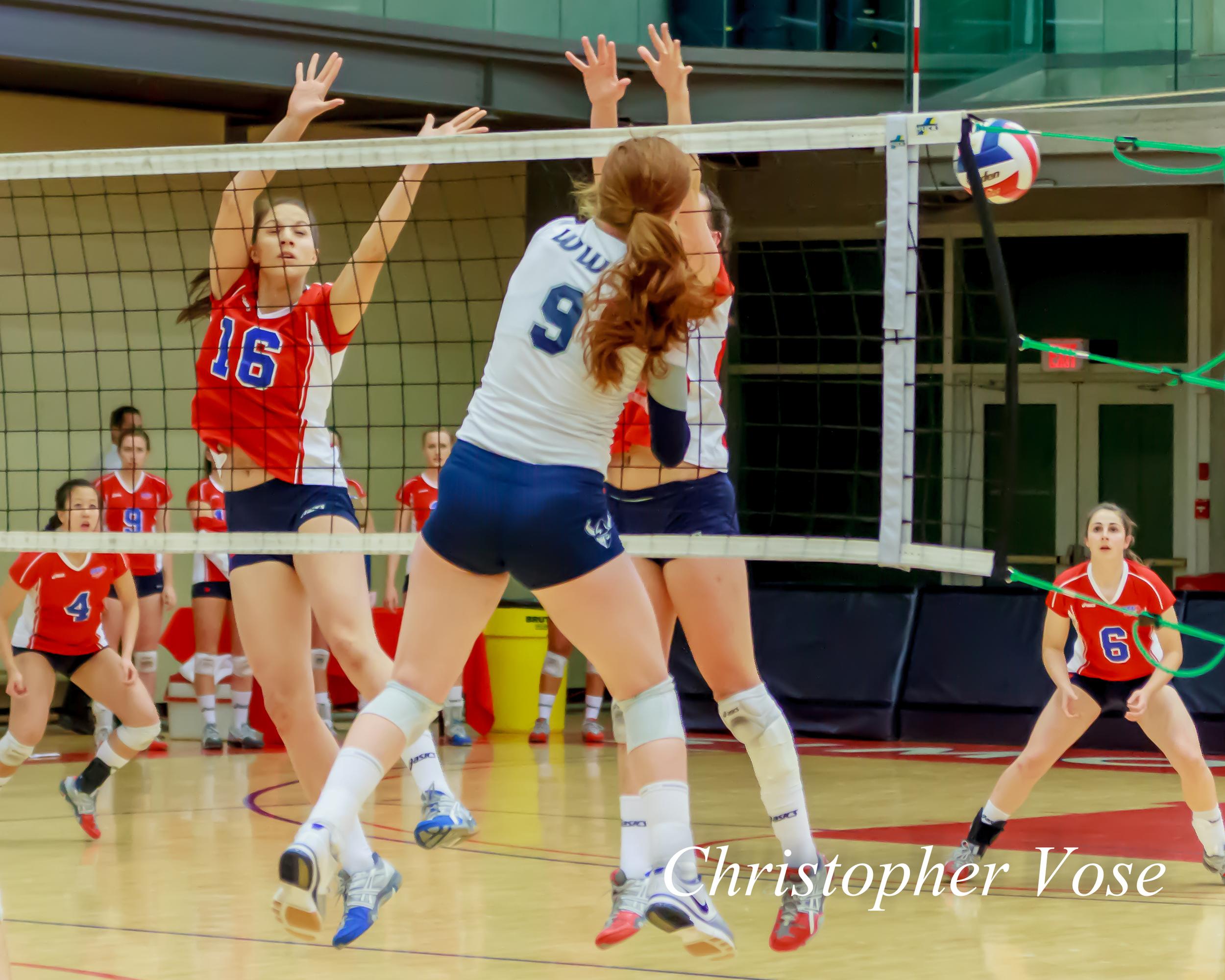 2012-10-13 Amanda Renkema and Jennica McPherson.jpg