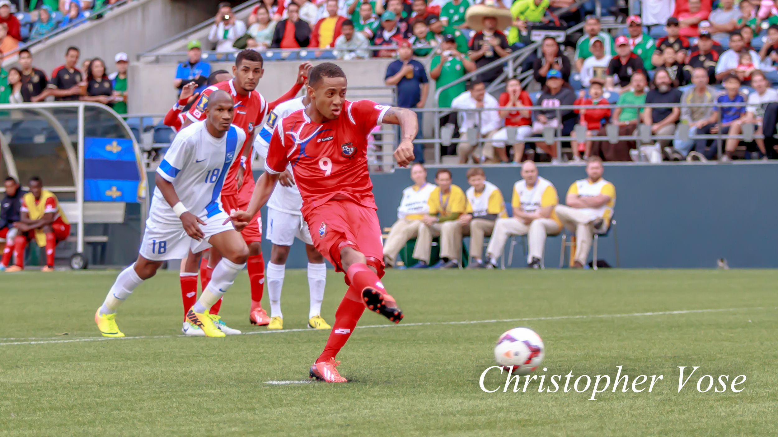 2013-07-11 Gabriel Torres Goal (Penalty Kick).jpg