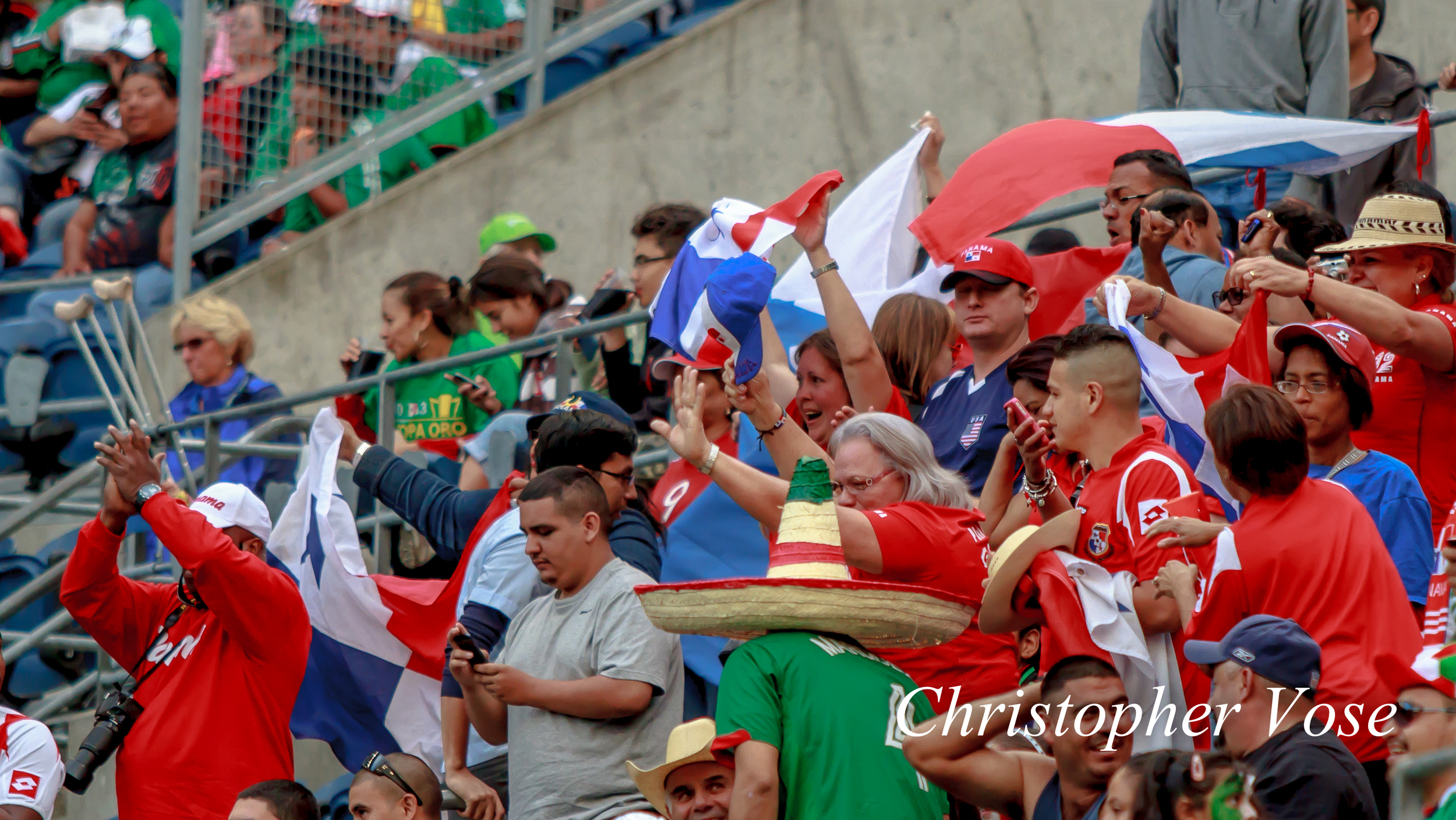 2013-07-11 Panama Supports Goal Reaction (Torres).jpg