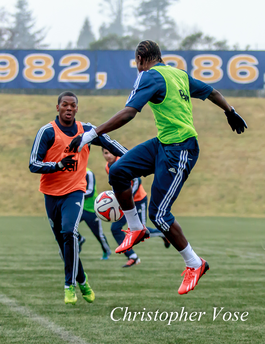 2014-01-28 Carlyle Mitchell and Darren Mattocks.jpg