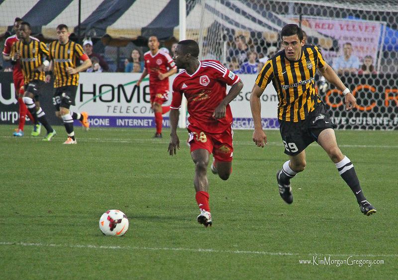 2014-03-29 Samuel Asante and Omar Salgado.jpg