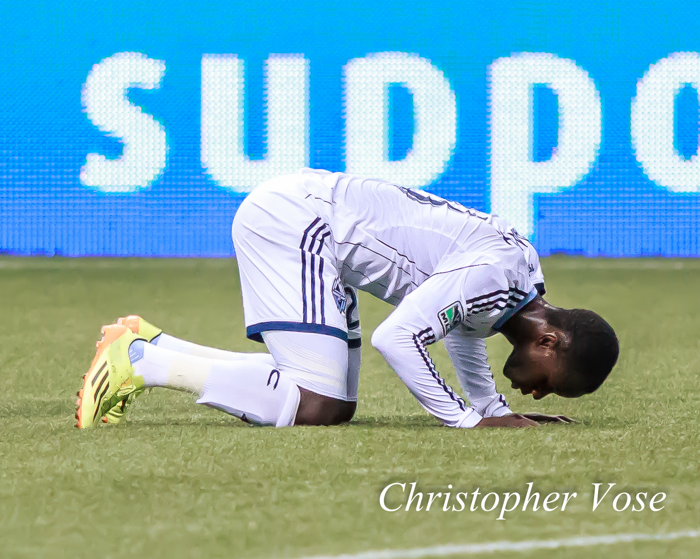 2014-04-19 Kekuta Manneh Goal Celebration 1.jpg