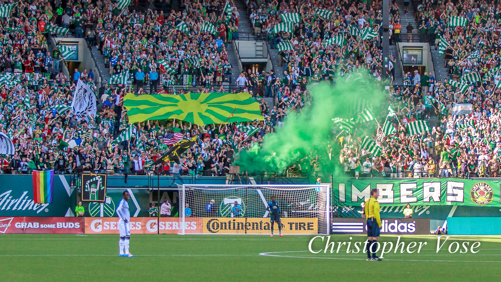 2014-06-01 Timbers Army Goal Reaction (Urruti).jpg
