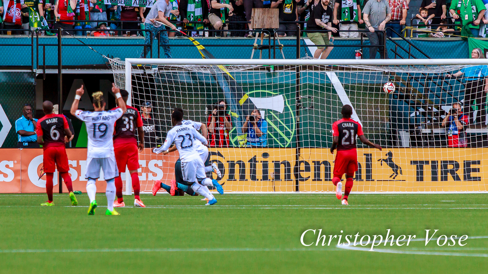2014-06-01 Pedro Morales First Goal (Penalty Kick).jpg