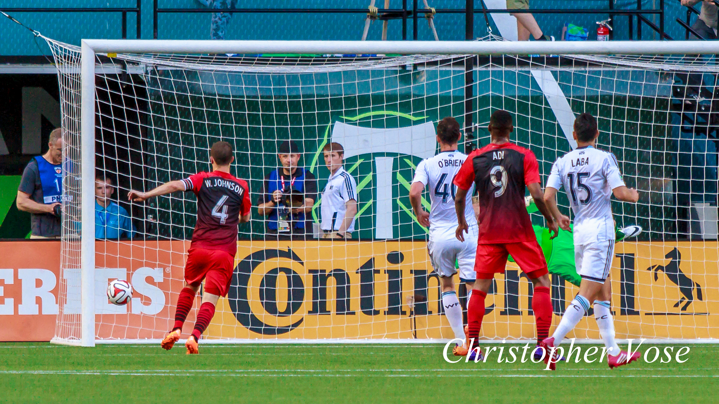 2014-06-01  Gaston Fernandez Goal.jpg