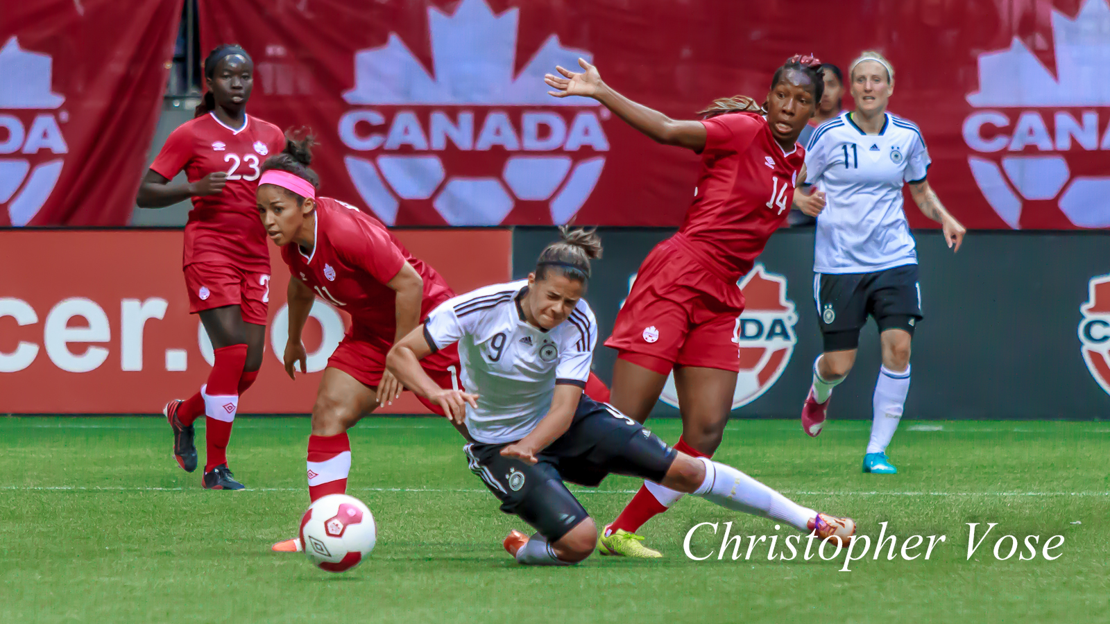 2014-06-18 Desiree Scott, Lena Lotzen, and Kadeisha Buchanan.jpg