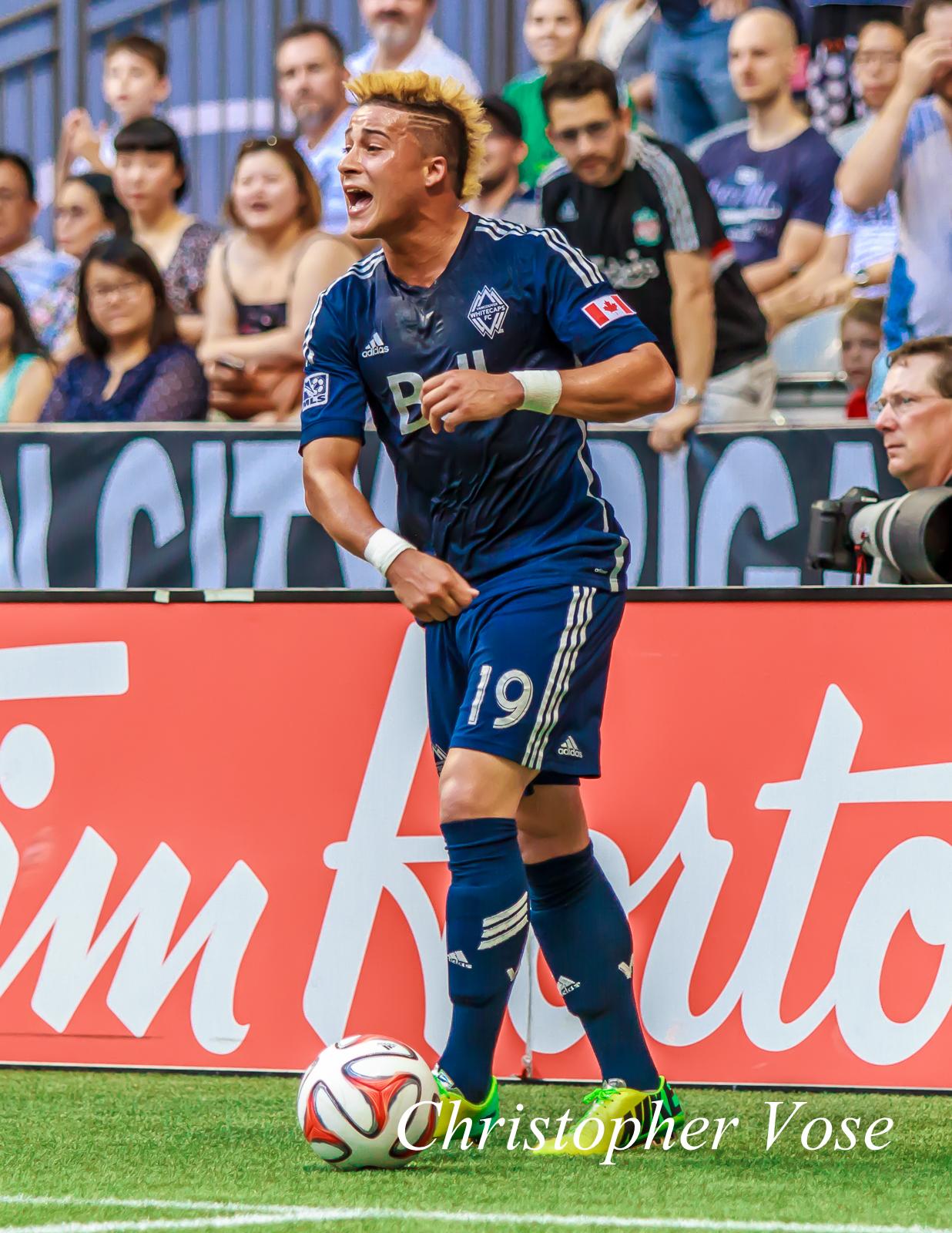 Eric Hurtado complains after referee Armando Villarreal signals for a goal kick instead of a corner.