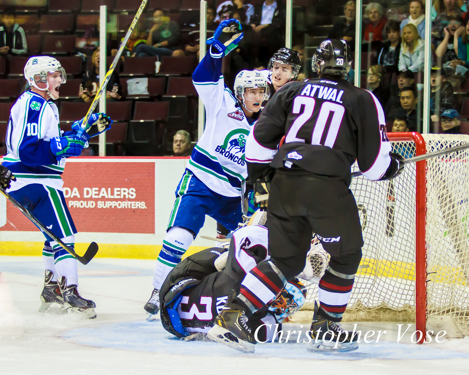 2014-10-03 Glenn Gawdin Goal Celebration.jpg