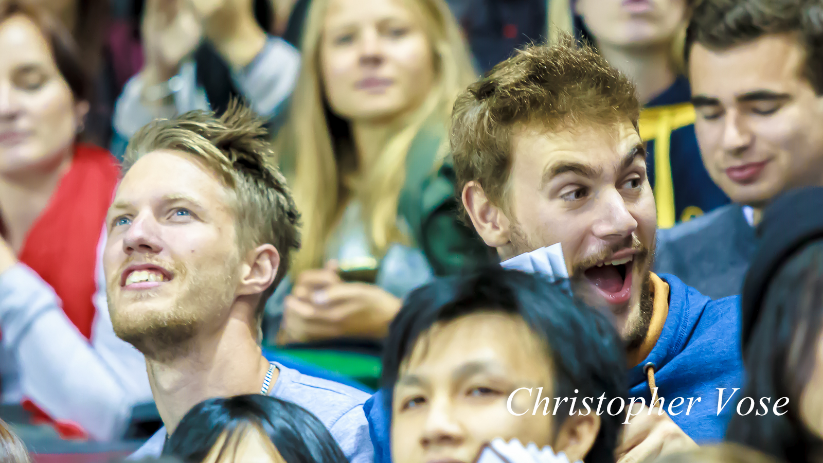 2014-10-03 Vancouver Giants Supporters Goal Reaction (Popoff).jpg