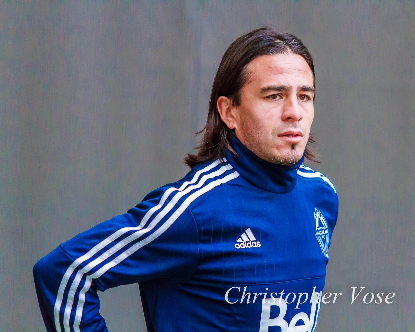 2015-03-06 Mauro Rosales.jpg