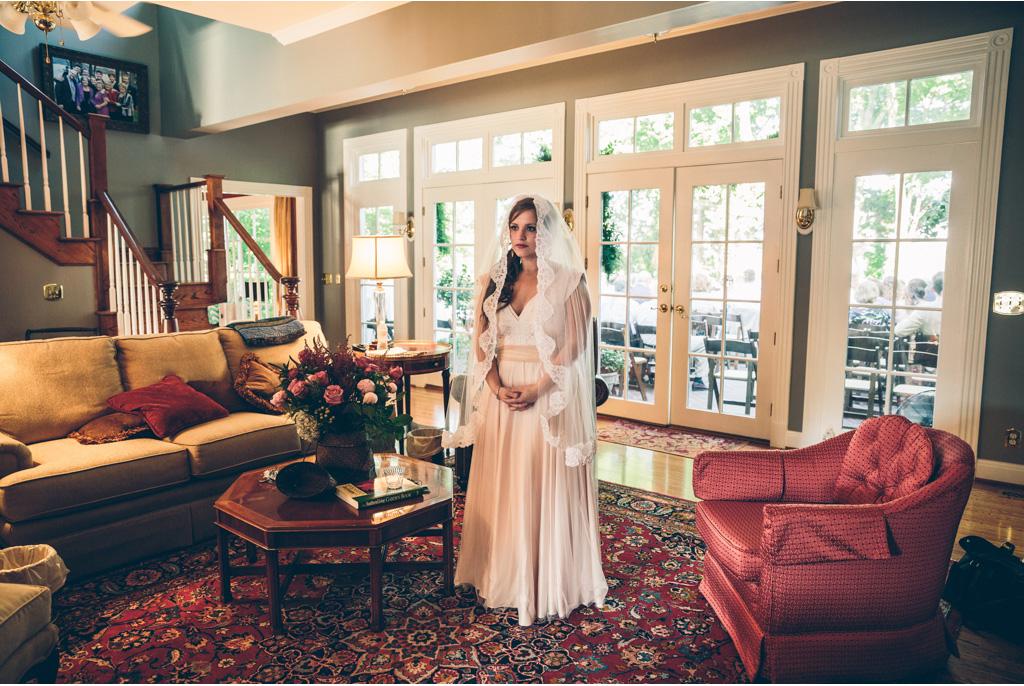Elliott + Lila | Private Residence | Hendersonville, Tennessee | www.vitaeweddings.com