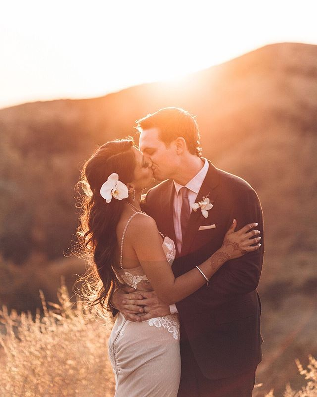 Traveling today for a wedding in the foothills near Yosemite. So excited! Can't wait to breathe in that fresh forest air. ⠀⠀⠀⠀⠀⠀⠀⠀⠀ On another note - these two were smoking hot during their sunset portraits, right?! 🔥 ⠀⠀⠀⠀⠀⠀⠀⠀⠀ @gouldenstateofmind + @sgould251 | photography @vitaeweddings | venue @hummingbirdnestranch | planning @nownforeverlove | cinema @klfilms | florals @wenfloral | makeup @dreavmakeup | hair @fiorebeauty | gown @inbaldrorofficial | tux @canali1934 . . . . . . . . #vitaeweddings #weddingphotographer #wedding #weddingphotoinspiration #loveauthentic #loveintentionally #photobugcommunity  #belovedstories #lovelife #thatsdarling #theknot #radstorytellers #authenticlovemag #firstandlasts #loveandwildhearts #momentsovermountains #wanderingweddings #portraitcollective #makeportraits #justalittleloveinspo #radlovestories #travelweddingphotographer #destinationweddingphotography #californiawedding #californiabride #californiaweddingphotographer #hummingbirdnestranch #shestruckgould #austinweddingphotographer #hillcountryweddingphotographer