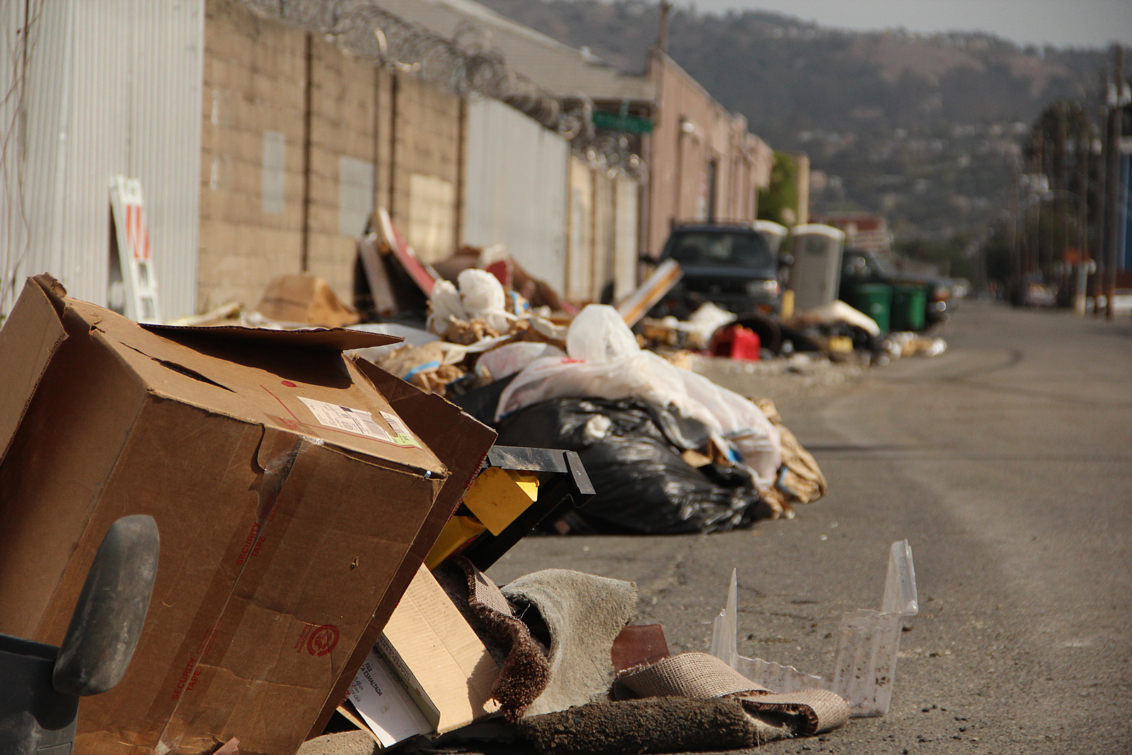Oakland looks for solutions to curb illegal dumping