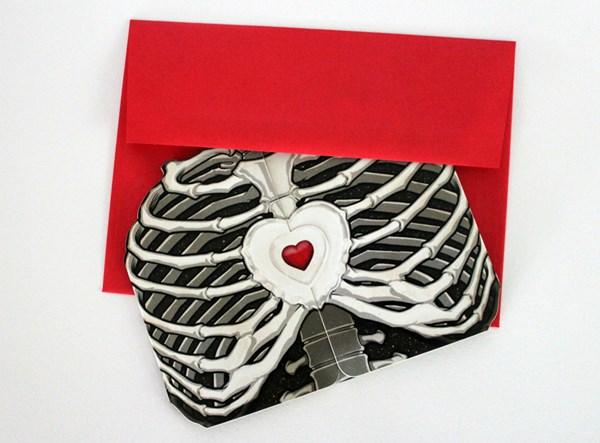 THE TELLTALE HEART CARD - Offset PrintLaser-CutSize: A7 (5