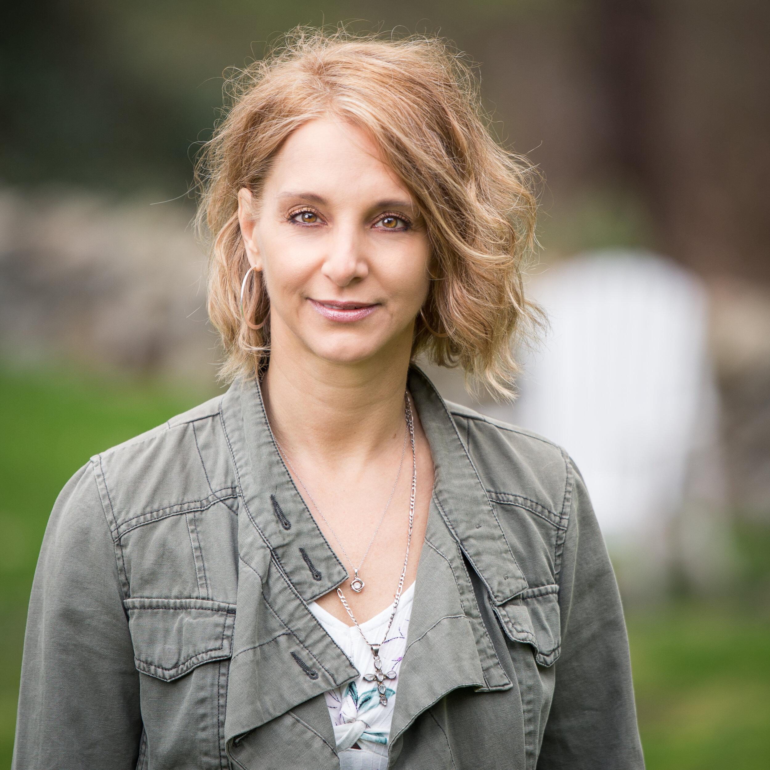 Author Sherianna Boyle