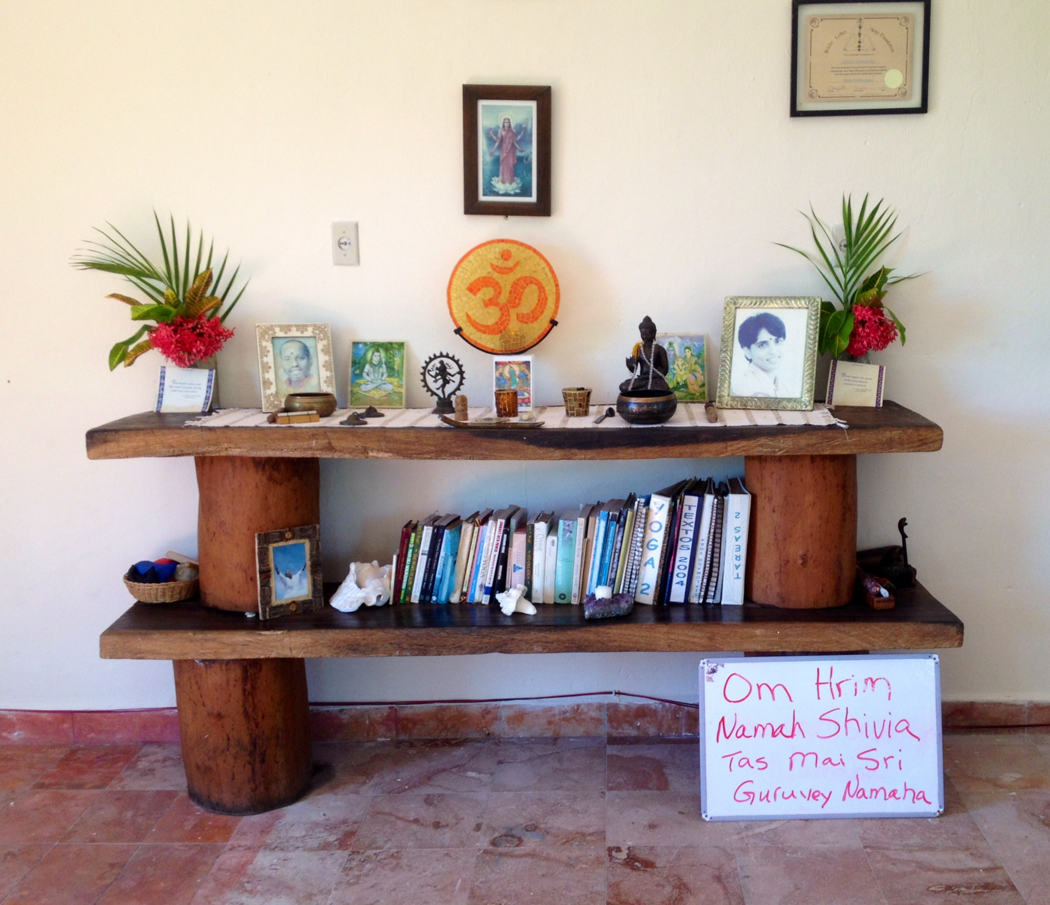 The front of the Yoga en Akumal studio