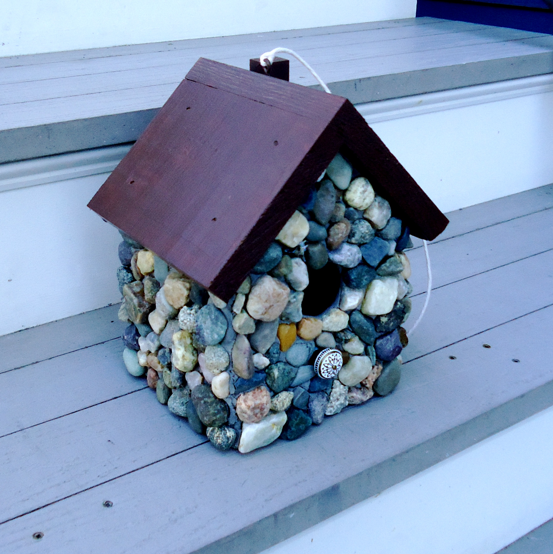 live in mosaics Stone Mosaic Bird House on Steps Angel.JPG