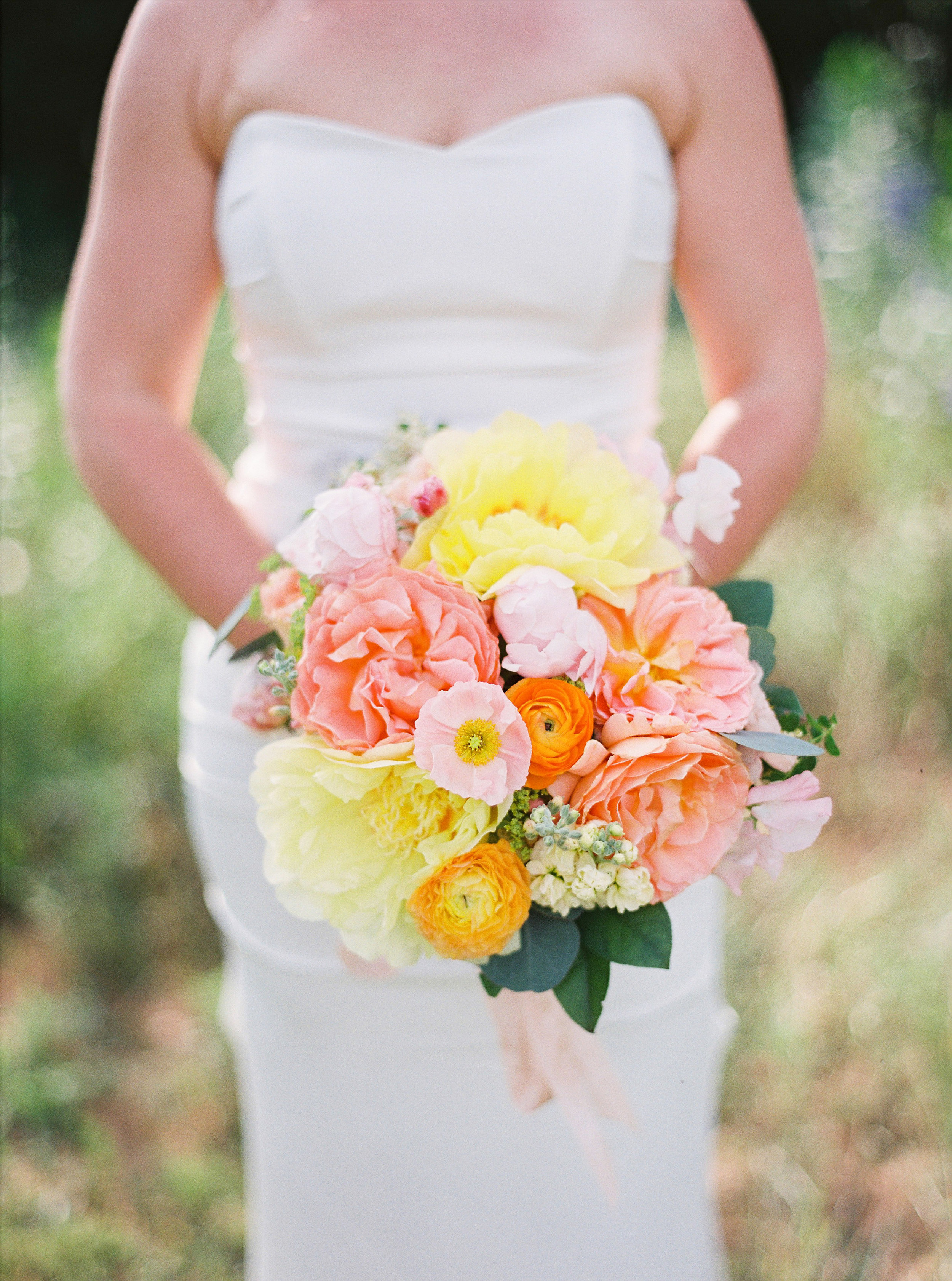 Bright citrus bridal bouquet by Wild Green Yonder