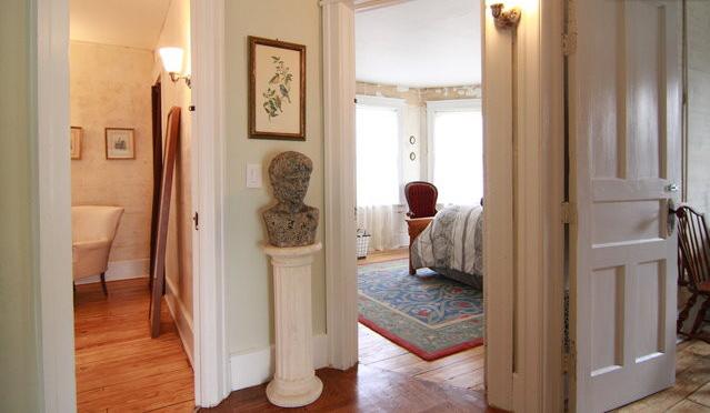97 saint james upstairs hallway.jpg