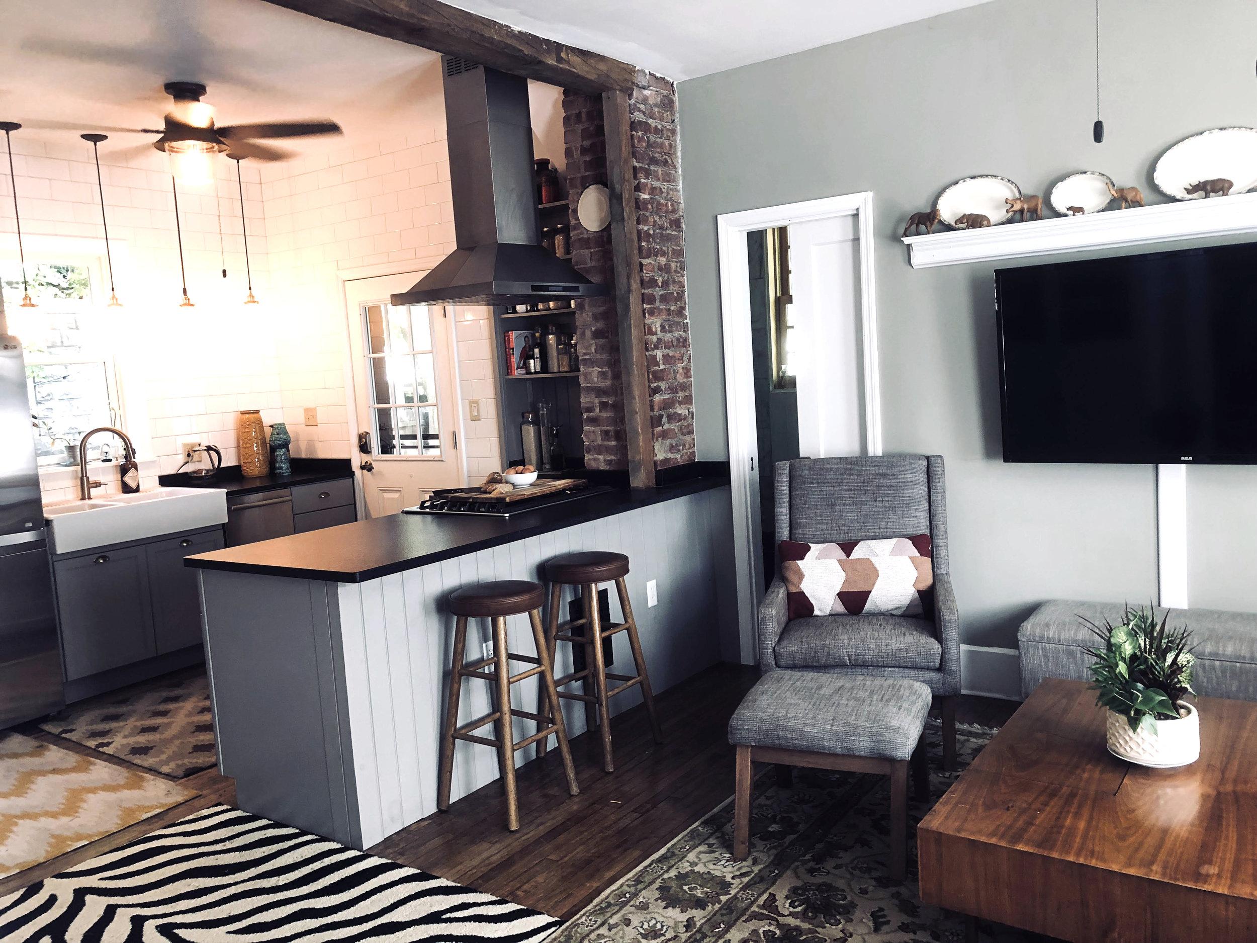 livingroomkitchen.jpg