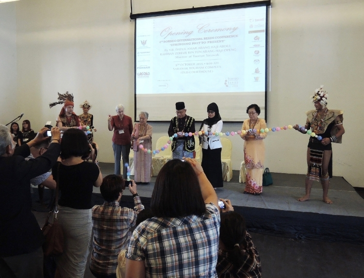 This is the opening ceremony of BIBCo with from left to right members of dance troupe,Hiedi Munan, Madam Surapee Ronjanavongse from Thailand (WCC), Datum Tulip Zulpilp, Assistant Minister of Tourism Sarawak,MP,Datuk Fatimah Abdullah, Minister for Women and Family Development, Datuk Empiang Jabu, former Senator, and member of dance troupe.