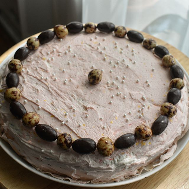 Pretty in pink chocolate espresso cake. Vegan chocolate cake with a vanilla buttercream frosting. I've been told there are great vegan frostings, but as of now I'm in the buttercream camp. This is a rich, moist cake with a deep rich chocolatey flavor. Topped with chocolate covered coffee beans and almonds. #chocolate #coffee #dessert #spring