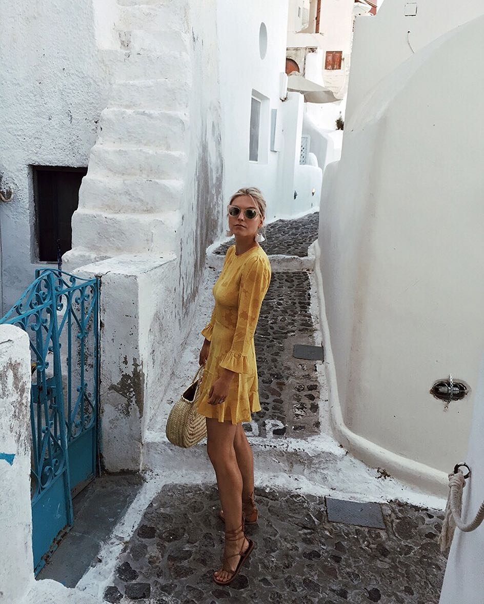 This month we caught up with Helene Heath ofFashion Over Reason totalk about her favoritecolor of spring... yellow -