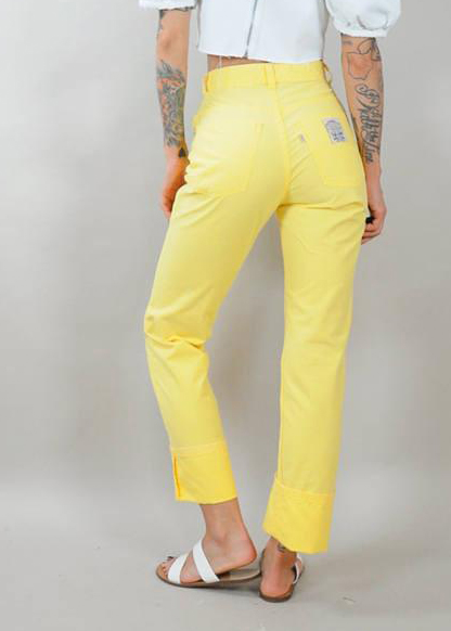 Vintage Levis High Waist Pants from NOIR OHIO