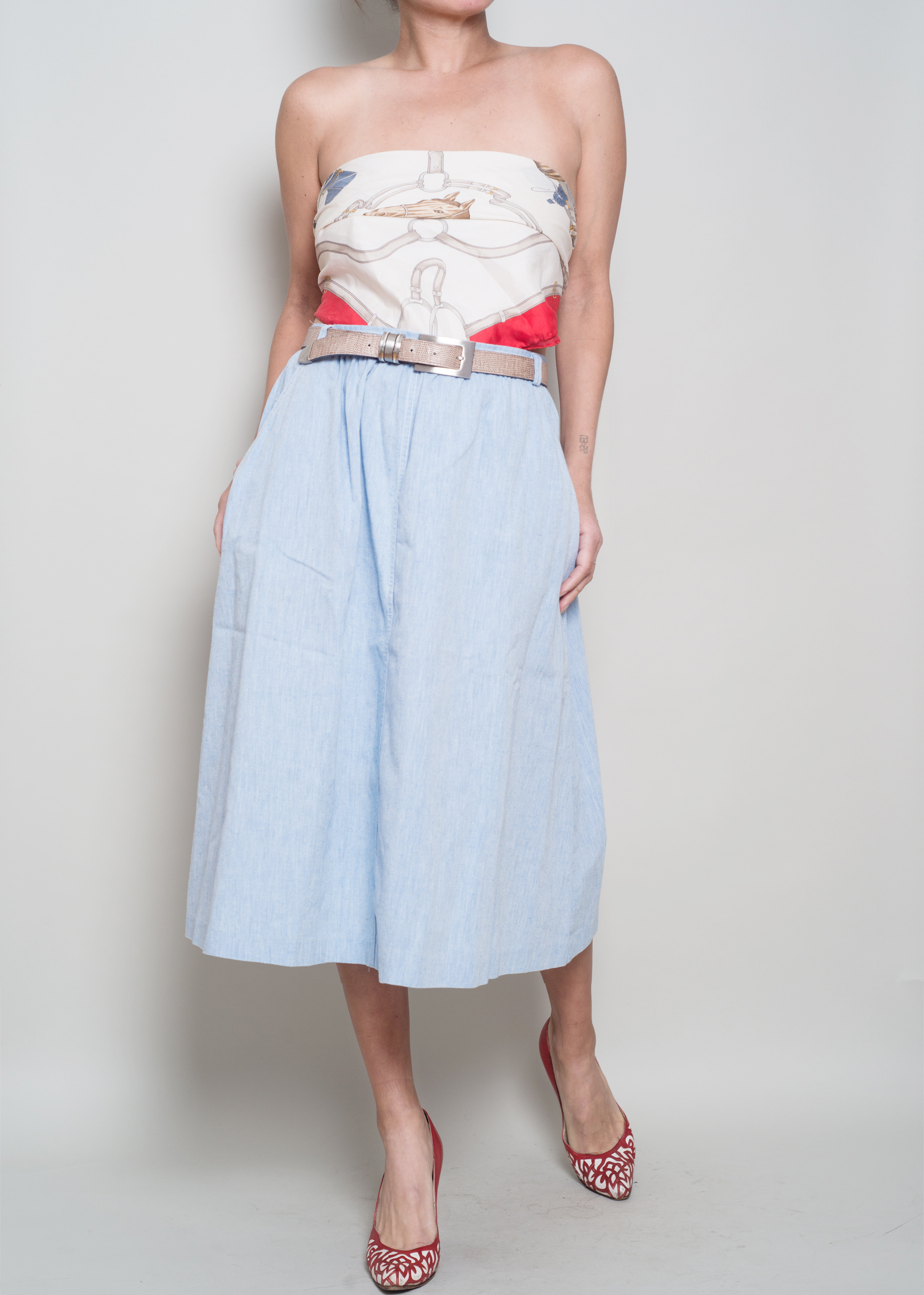 A_Part_of_the_Rest_Vintage_Chambray_Midi_Skirt004.jpg