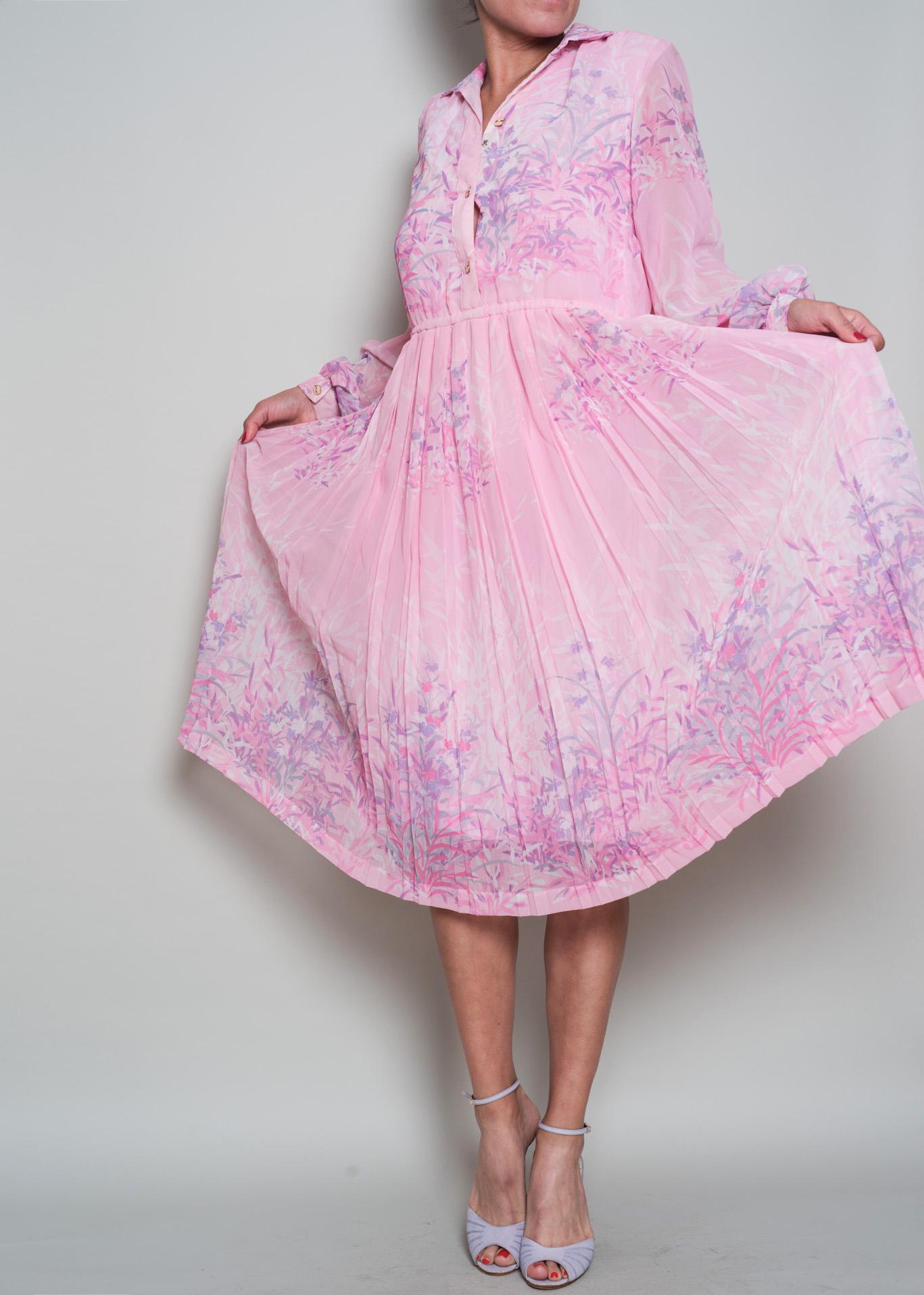 A_Part_of_the_Rest_Vintage_1970s_Pastel_Pink_Floral_Chiffon_Shirt_Dress005.jpg