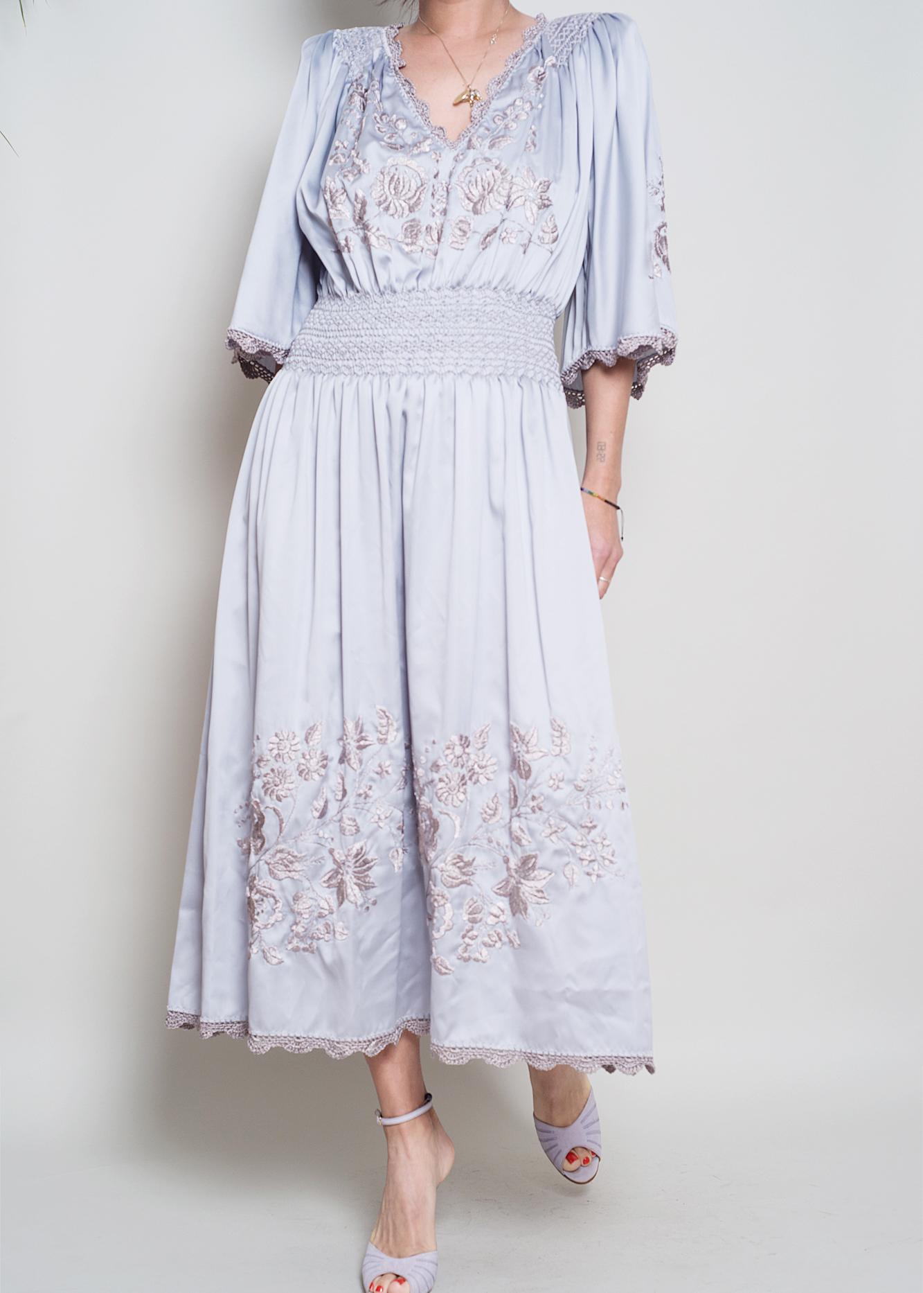 A_Part_of_the_Rest_Vintage_ Embroidery Satin Smock Waist Lavender Midi Dress002.jpg