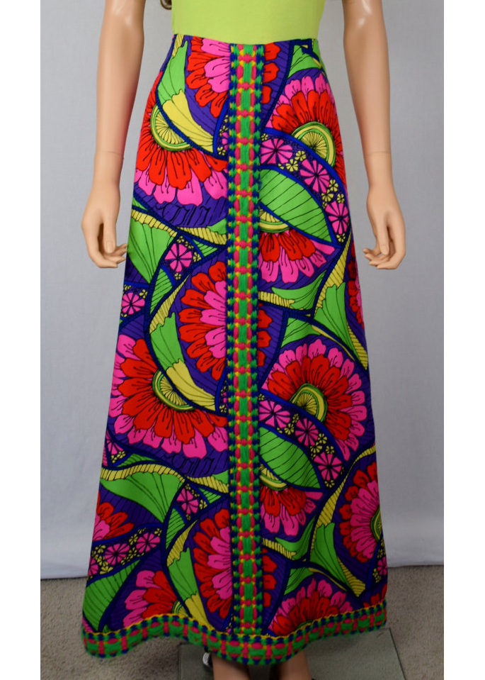 A Part of the Rest recommends- vintage summer getaway- 1960s lilly pulitzer skirt.jpg
