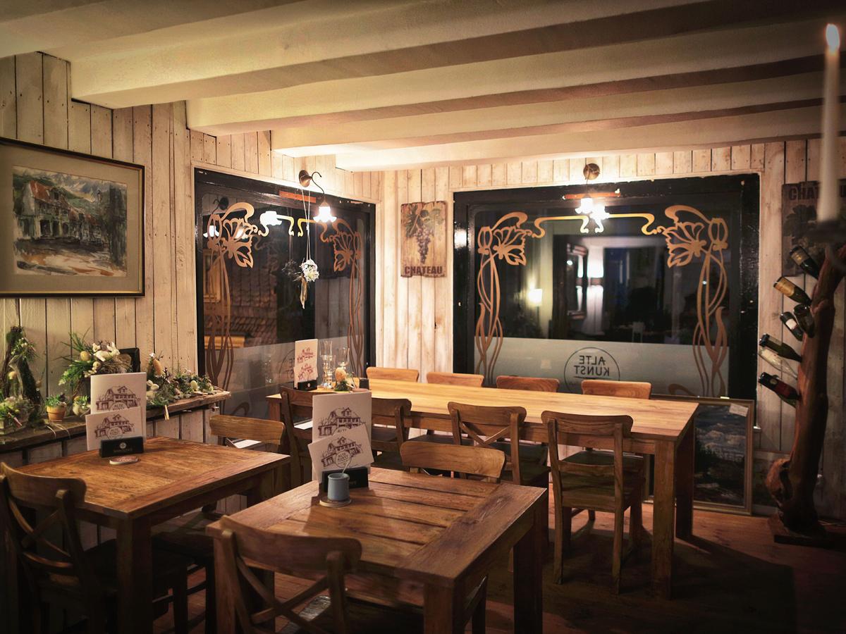 Alte_Kunst_Weinkeller_Solingen_Weinhandel_Ladenlokal.jpg
