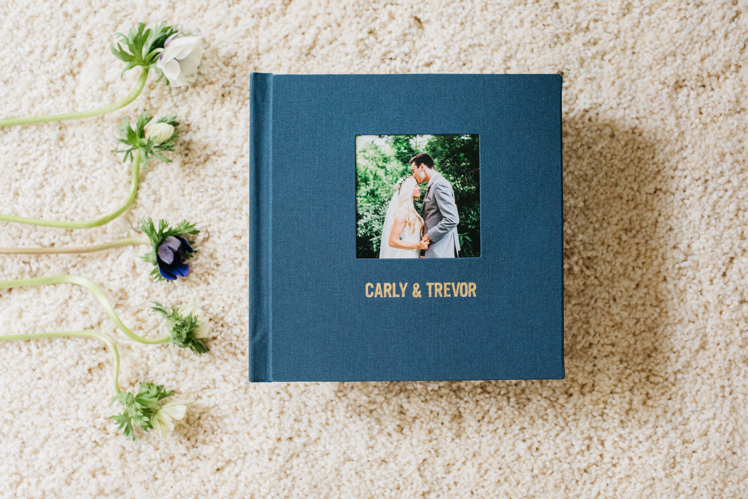 Erika Aileen Photography Kiss Books Wedding Albums