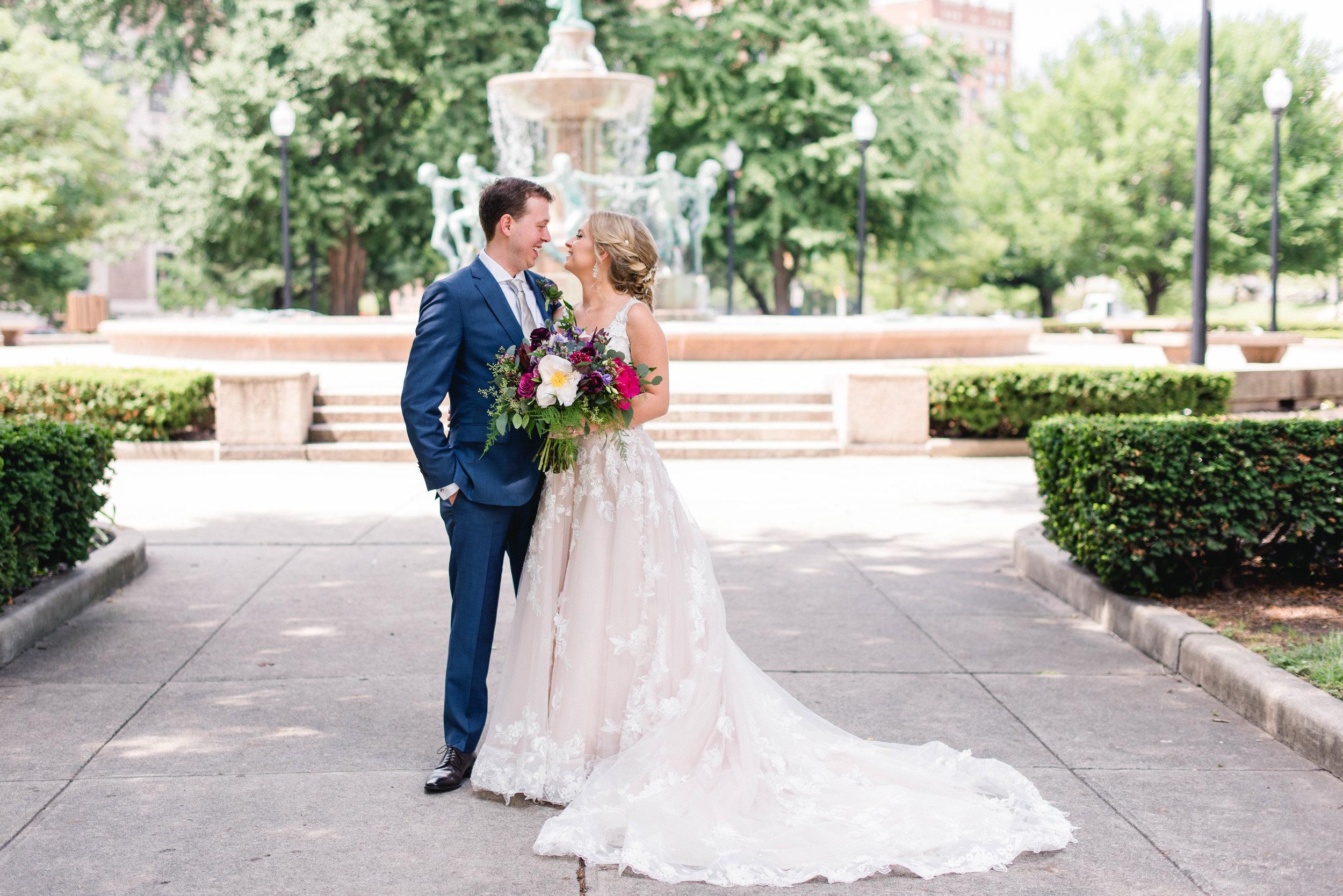 Regions Tower Wedding Indianapolis Erika Aileen Photography