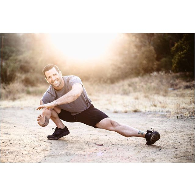 Hire this guy for all your personal training needs. He'll bring that winning smile and the early morning sunshine with him as a bonus. @andrewgavigan | 📷 @kellyelainephoto | . . . #personaltrainer @brooksrunning #brooks #earlymorning #lensflare #canon @canonusa #fitness #beverlyhills #tattoos #mondaymotivation #mondaymorning
