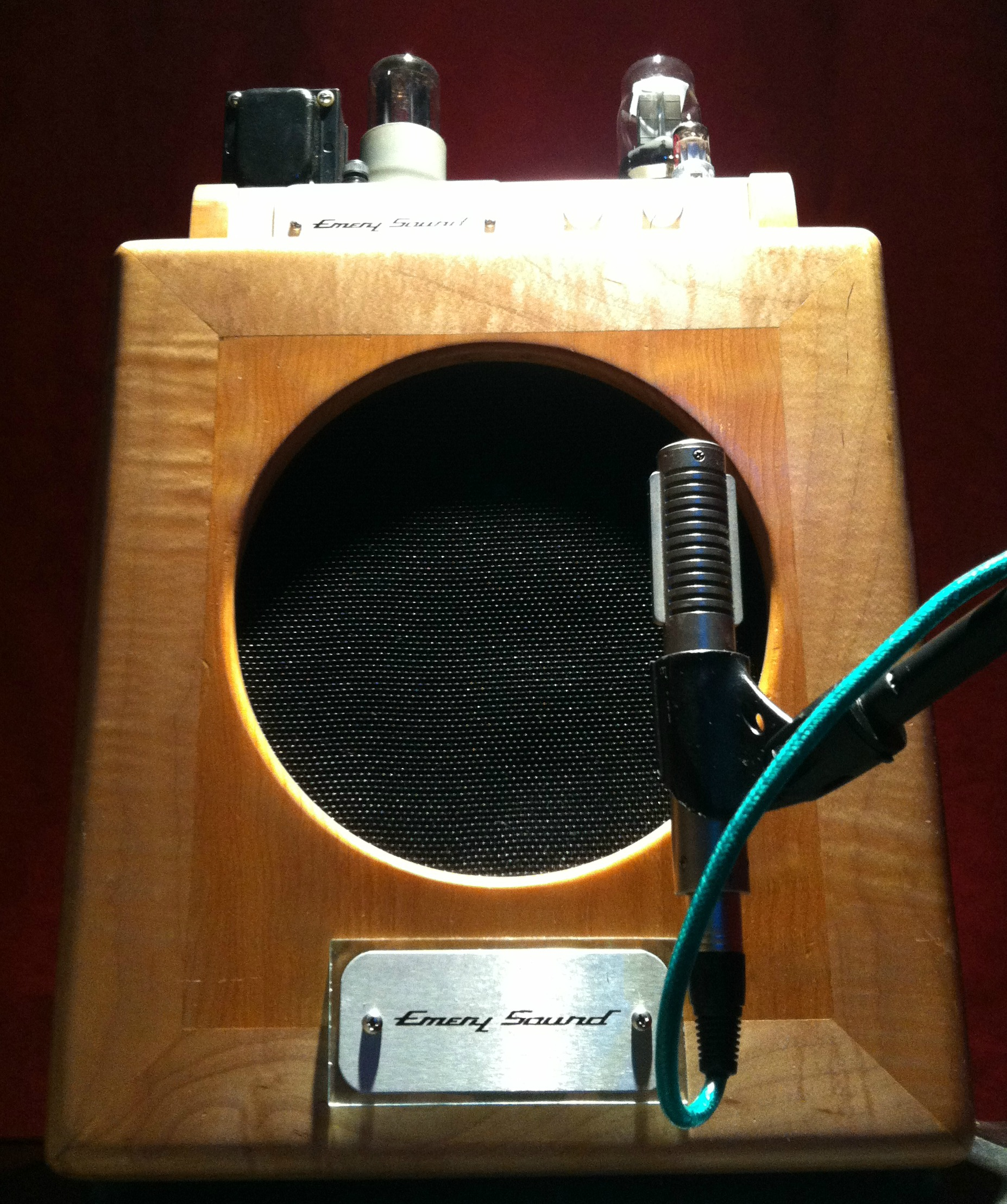 Emery Sound SuperBaby with a Royer Labs R-121