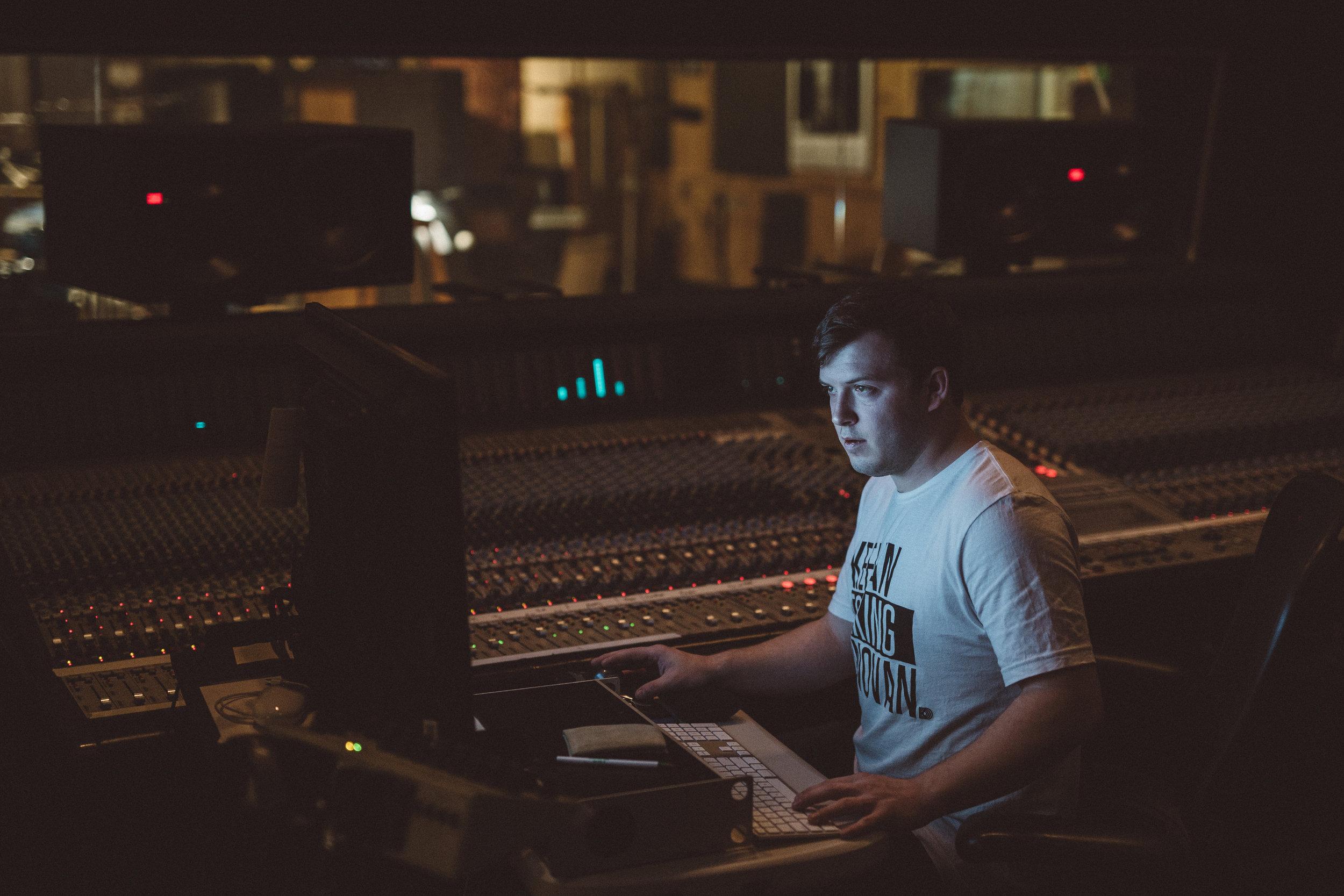 Mikaela Hamilton- Matt Wright in studio-42.jpg