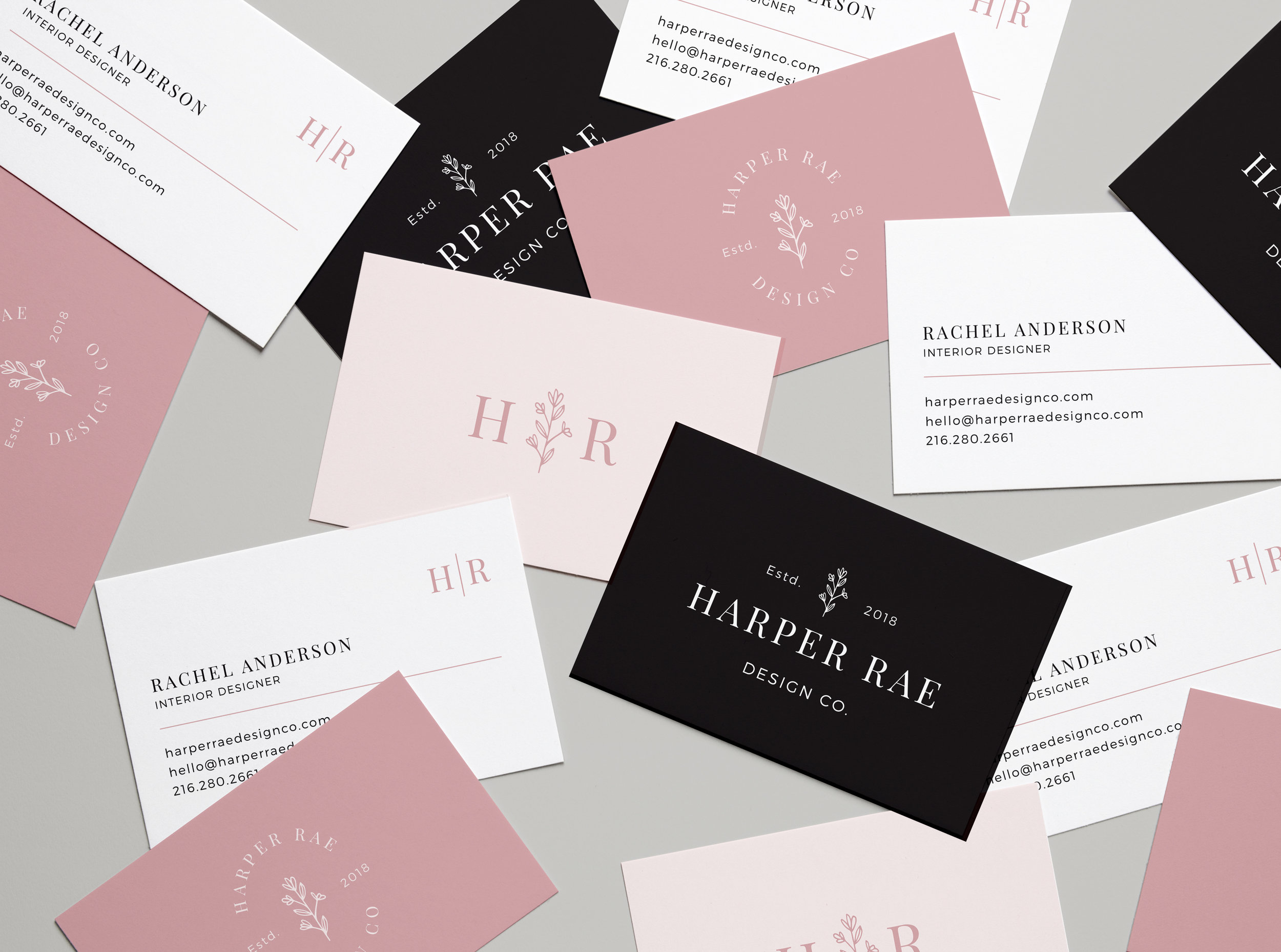 HR-Business-Card-Mockup.jpg