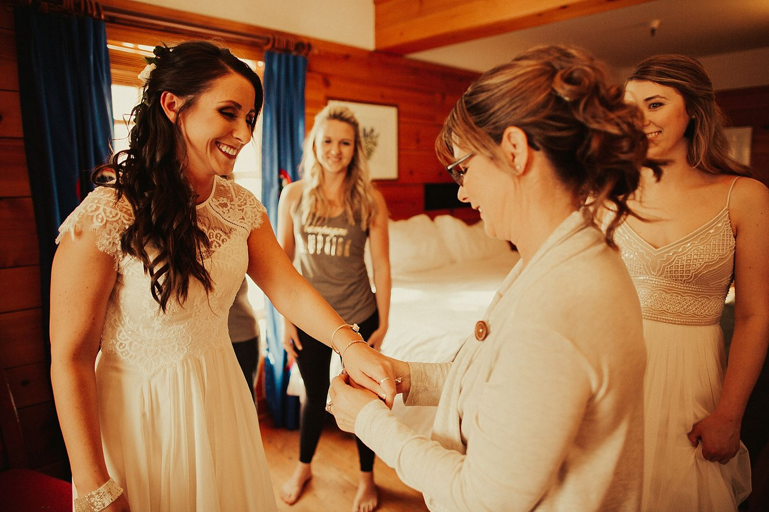 mt-hood-timberline-lodge-wedding_1193.jpg