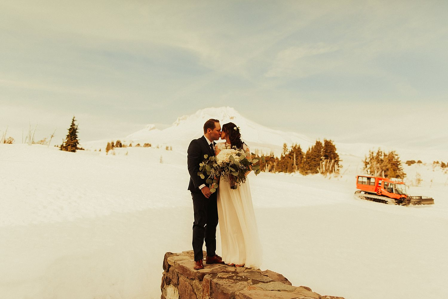 mt-hood-timberline-lodge-wedding_1228.jpg