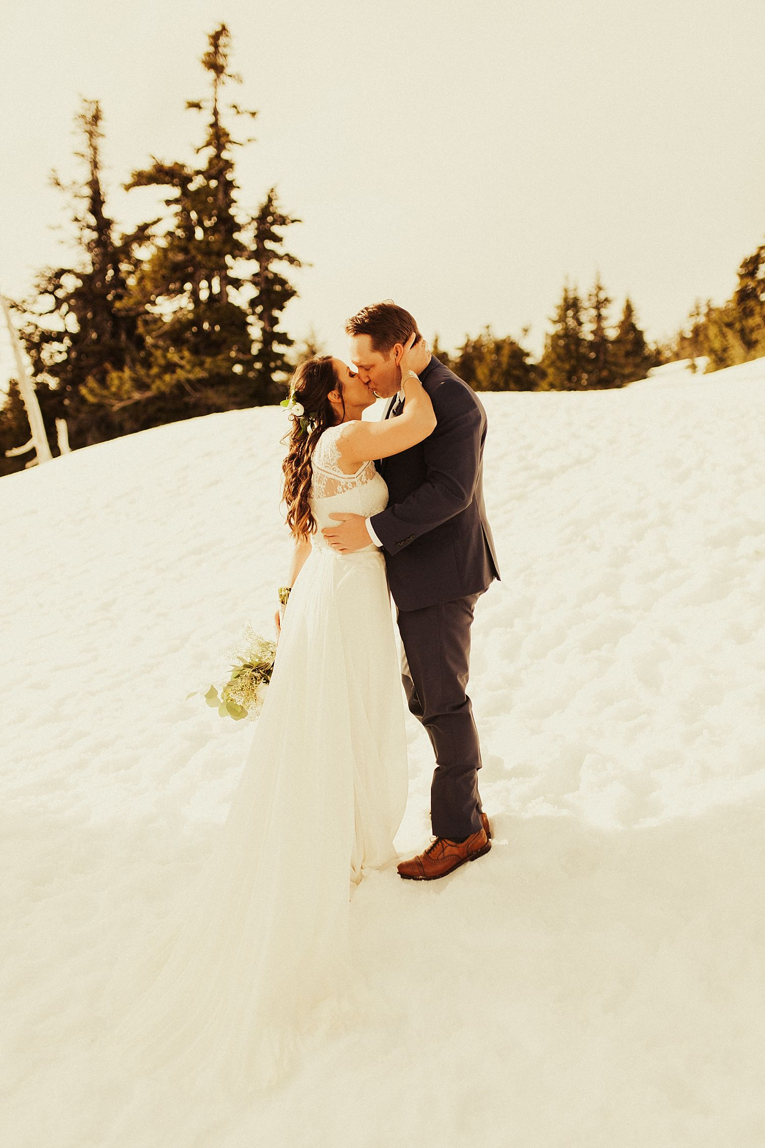 mt-hood-timberline-lodge-wedding_1241.jpg