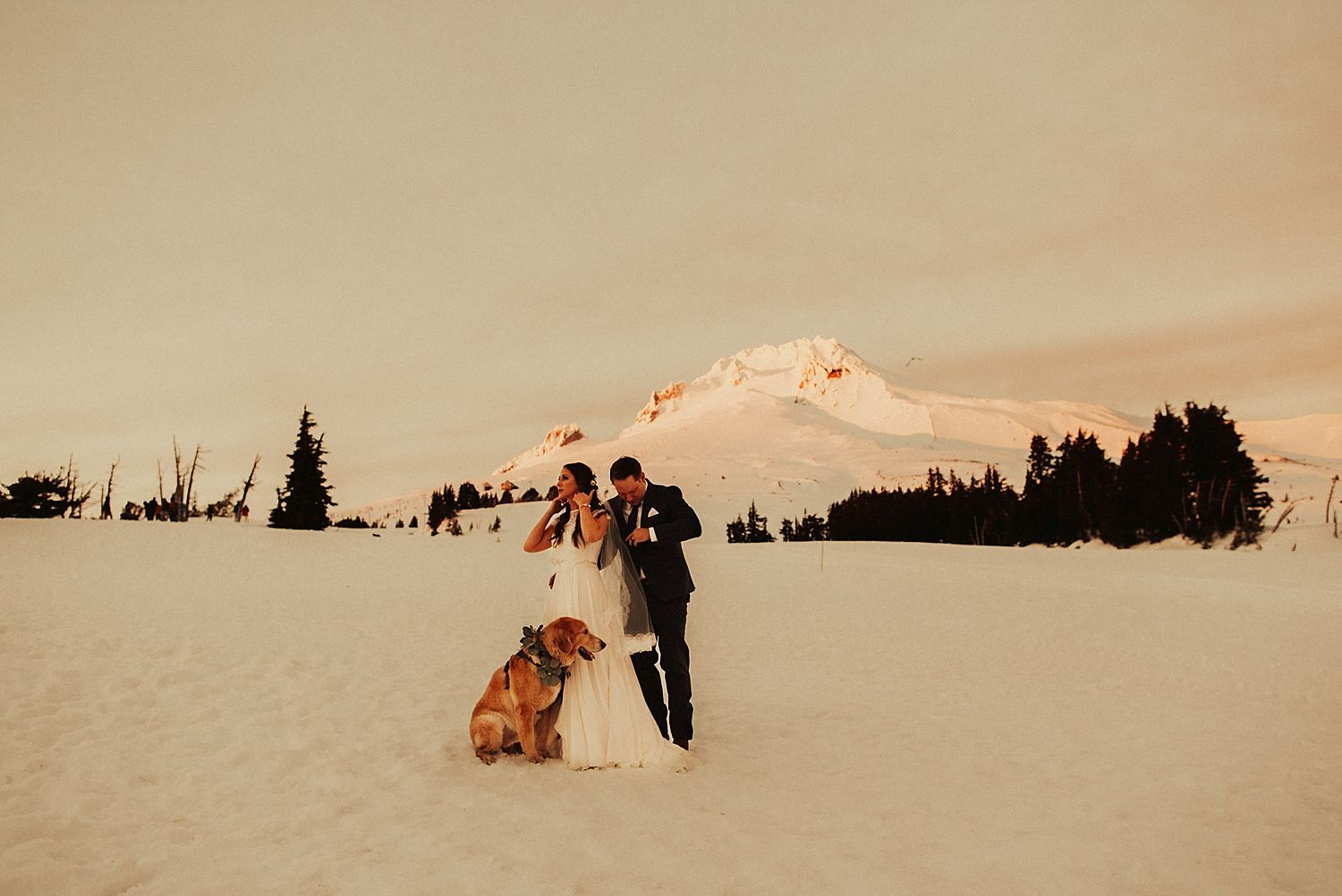 mt-hood-timberline-lodge-wedding_1303.jpg