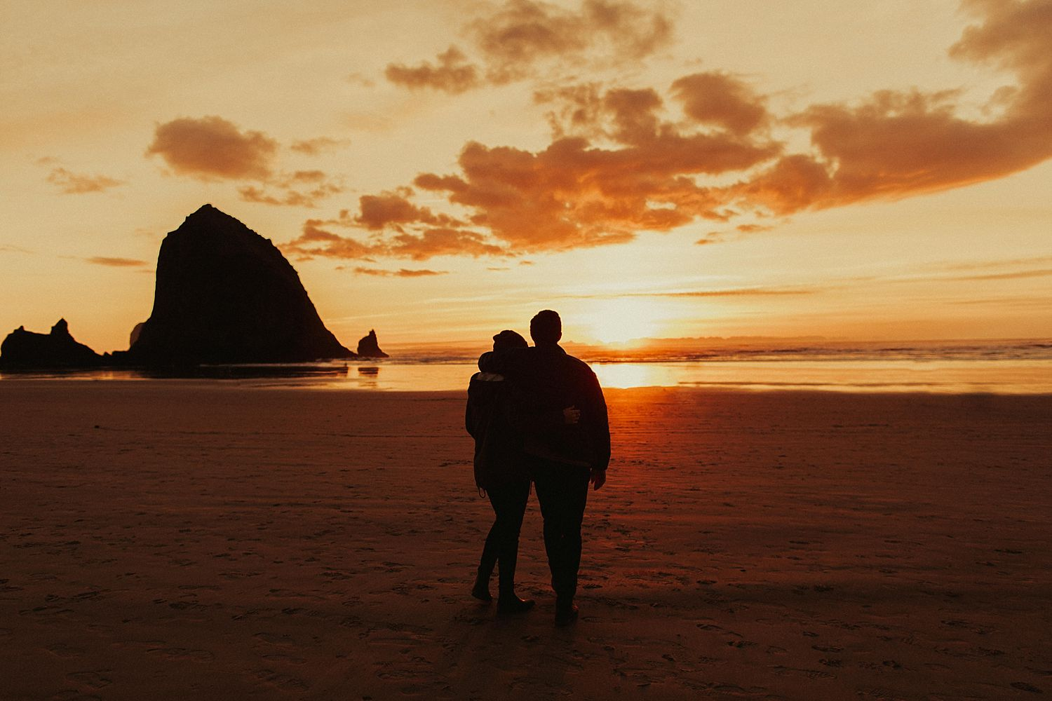 indian-beach-oregon-coast-anniversary-session_1439.jpg