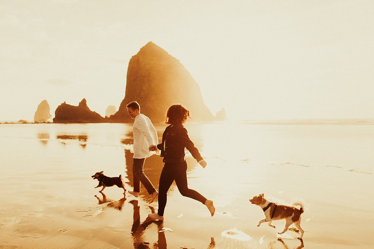 cannon-beach-engagement-session_1441.jpg