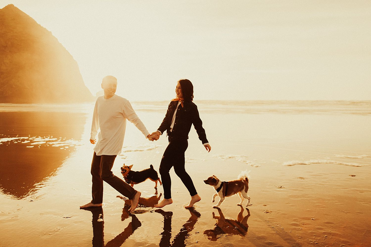 cannon-beach-engagement-session_1444.jpg