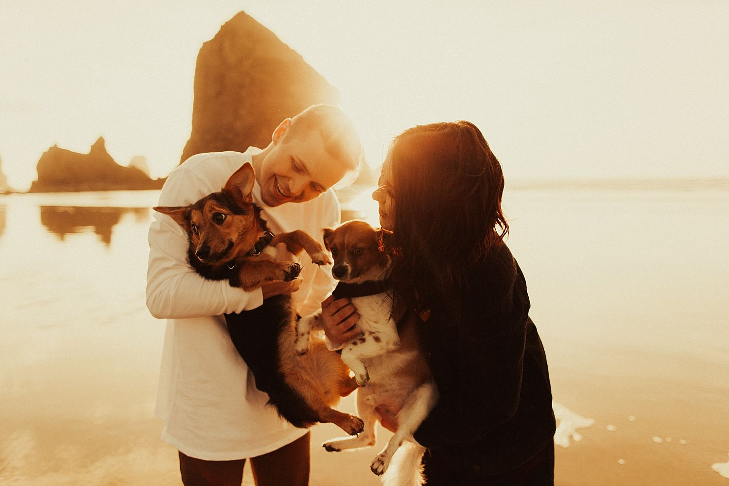 cannon-beach-engagement-session_1448.jpg