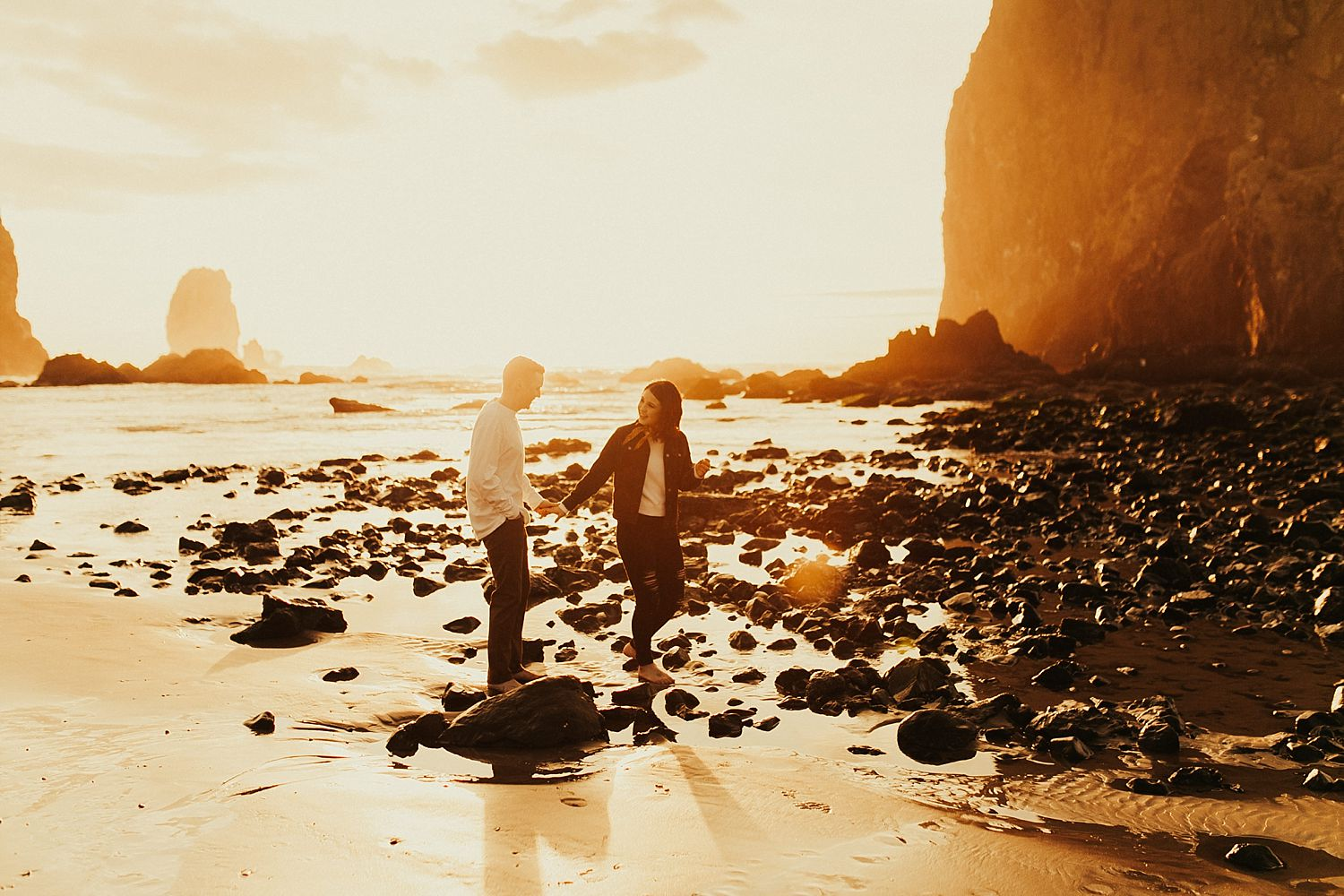 cannon-beach-engagement-session_1475.jpg