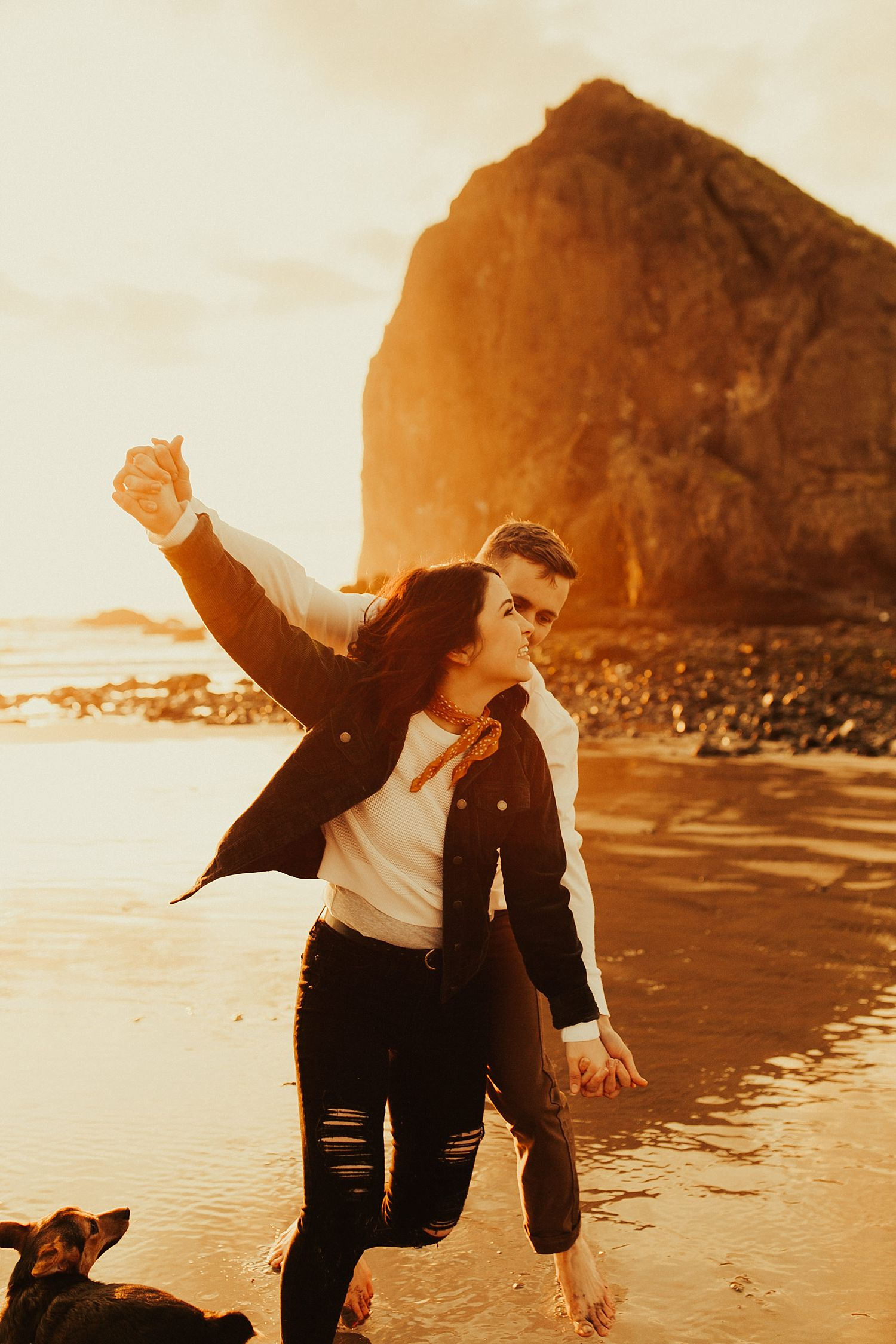 cannon-beach-engagement-session_1483.jpg
