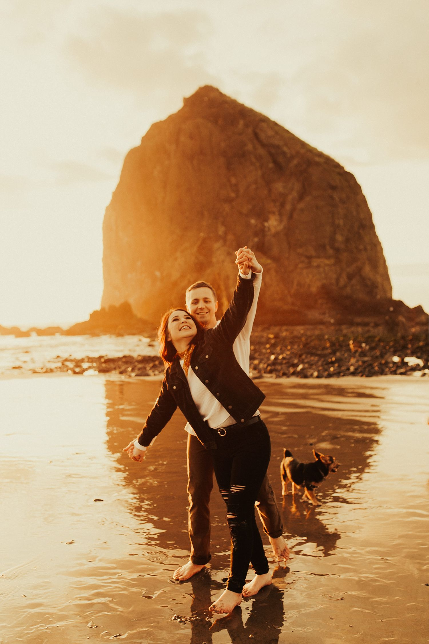 cannon-beach-engagement-session_1486.jpg